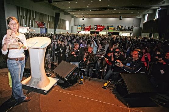 Inge Neefs ontving de Prijs Solidair 2010 op 25 september op ManiFiesta. (Foto Solidair, Salim Hellalet)