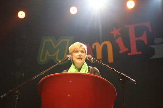 Pia Stalpaert, ACV Voeding en diensten, op ManiFiesta. (Foto Solidair, Dieter Boone)