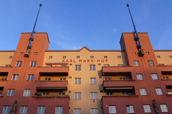 Karl Marx Hof in Wenen. (Foto Roger Newbrook / Flickr)
