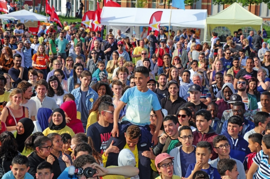 PVDA Jongeren Antwerpen organiseerde in mei 2015 het buurtfestival Diversity In Antwerp City.  Bijna vierduizend mensen kwamen erop af. (Foto Solidair, Salim Hellalet)