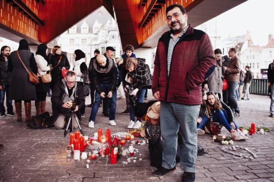 """""""Het is aan mij, aan alle moslims, aan alle Belgen om onze eenheid te tonen. Door op straat te komen en deze haat en verdeeldheid een halt toe te roepen."""" (Foto Solidair, Geertje Franssen)"""