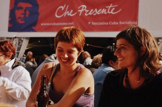Ook Che Presente is weer present op ManiFiesta. Op het menu: debatten en conferenties, maar ook een tentoonstelling, dans en optredens. (Foto Solidair, Geertje Franssen).