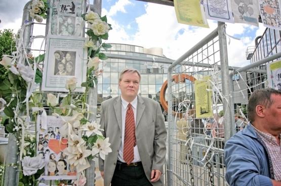 Jan Fermon op het proces Dutroux, dat in 2004 beëindigd werd (foto Solidair, Salim Hellalet)