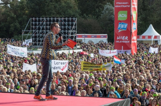 Beeld: actiedag van het primair onderwijs op 5 oktober. (Foto Fred Van Diem / aob.nl)