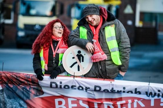 Sinds 8 januari al voert de Duitse vakbond IG Metall een strijd voor arbeidsduurvermindering en loonsverhoging. (Foto IG Metall)