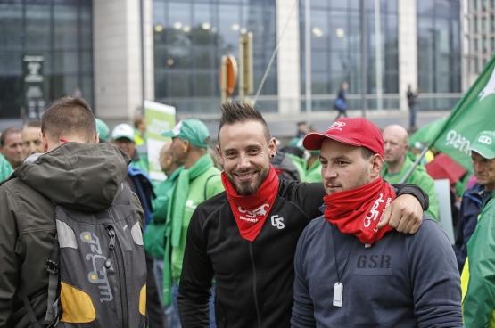 Manifestatie bij de Financiëntoren op 31 mei 2016 (foto Salim Hellalet)