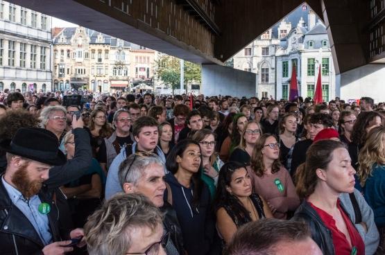 """Op 6 september verzamelde in Gent een massa mensen met de boodschap: """"Geen haat in onze stad"""". (Foto Solidair, Geertje Franssen)"""