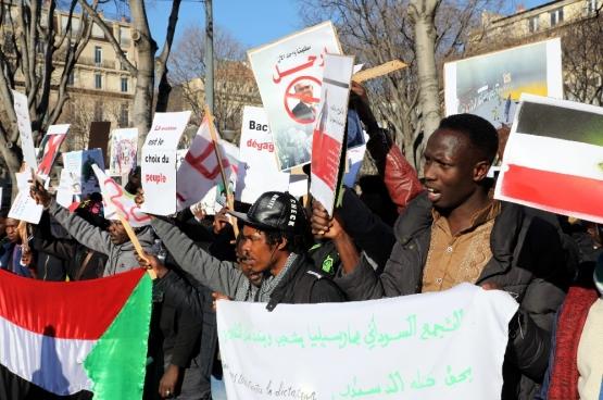 Betoging op 29 december 2018 in Marseille om het protest tegen president Bashir van Soedan te ondersteunen. (PHOTOPQR/LA PROVENCE-Belga)