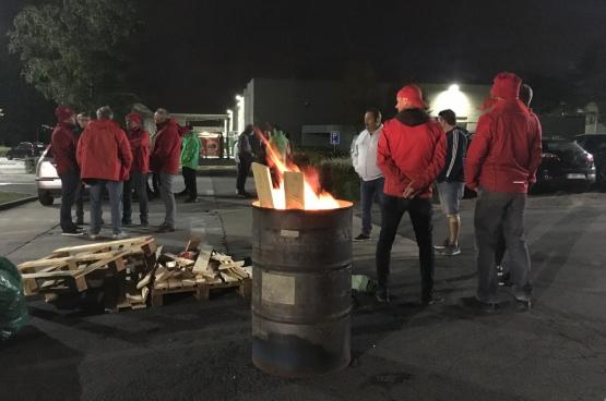 Bij Bekaert laten arbeiders en bedienden niet met zich sollen, en ze zijn daar fier op. (Foto Solidair)