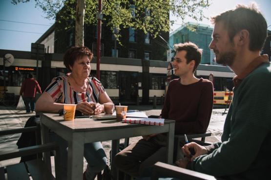 """Rita Coeck: """"Openbaar vervoer is een basisrecht, maar ook deze regering zal dat niet realiseren."""" (Foto Solidair, Han Soete)"""