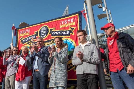 """Bruno Verlaeckt, voorzitter van Algemene Centrale Waasland en van ABVV Antwerpen: """"Om het stakingsrecht te verdedigen, willen we een maatschappijdebat voeren, aan de alarm bel trekken en nog meer acties voeren."""" (Foto Karina Brys)"""