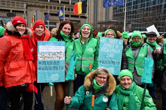 28 november was de eerste actiedag van een langdurige strijd van de huishoudhulpen. (Foto Solidair, Tibor Van Cutsem)