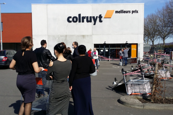 """""""De verlenging van de openingstijden van winkels is een oude eis van de supermarktbazen"""", zegt Irène Pêtre, voormalig nationaal bestendig secretaris van ACV voor de handel."""