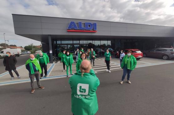 De spontane staking breidde uit naar 36 winkels en leverde meteen resultaat op. (Foto PVDA)