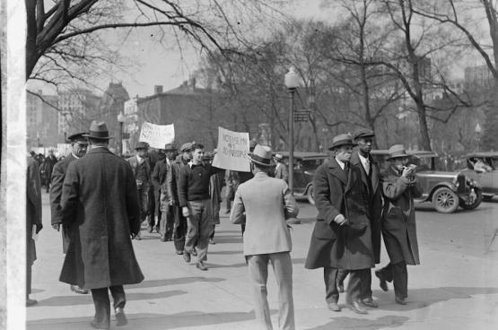 Manifestatie voor Werk, 5 maart 1930 in Washington. Deze manifestatie was onderdeel van een nationale actiedag op initiatief van de Amerikaanse Communistische Partij. (Foto Washington Area Spark)