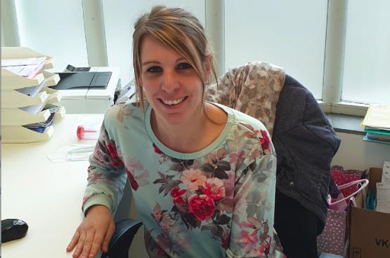 Vinciane Erkens is verpleegster bij Geneeskunde voor het Volk in de praktijk van Seraing
