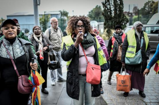 """Sylvie Kimissa: """"Wij zijn strijdvaardige vrouwen en we houden vol, al sinds 17 juli 2019!"""" (Foto AFP)"""
