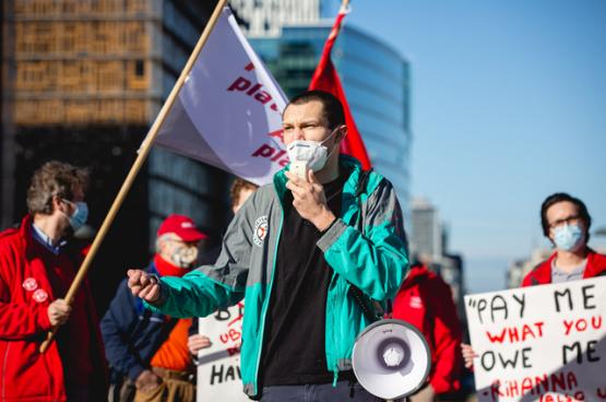 Actie in Brussel om voor werknemers van digitale platformen een echt werknemersstatuut te verkrijgen. (Foto The Left)